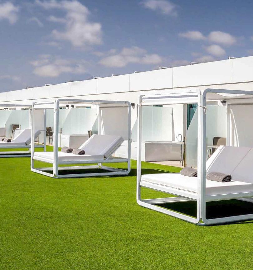 Nowoczesne łóżka ogrodowe Ibiza 180 Alto Ezpeleta Spa&Wellness